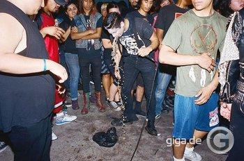 Hinterhof-Punk-Szene in Ost Los Angeles