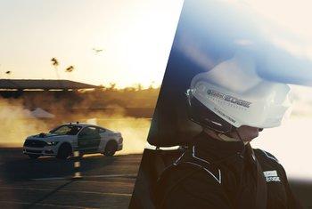 castrol-virtual-racers-ben-collins-mid-race-2