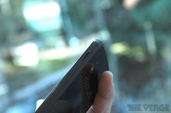 Nexus 4 by the Verge