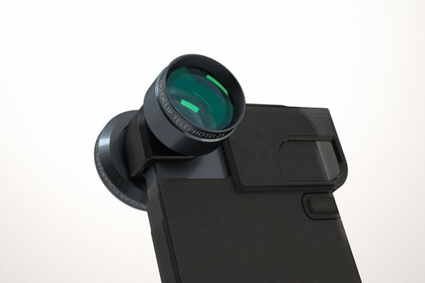 Olloclip 2x Telephoto-Linse in Kombination mit der Quick-Flip-Hülle