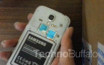 Samsung Galaxy S4 Teardown 01