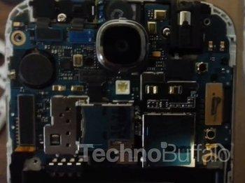 Samsung Galaxy S4 Teardown 04