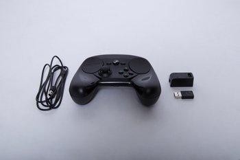 Steam-Controller und Zubehör: USB-Kabel plus Verbindungsadapter