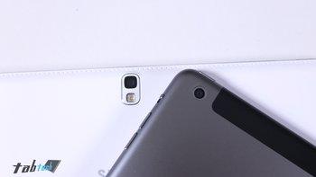 Samsung-Galaxy-Note-10.1-vs.-iPad-Air-Kamera