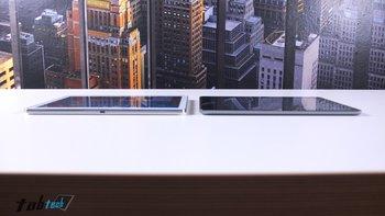 Samsung-Galaxy-Note-10.1-vs.-iPad-Air-Unterseite