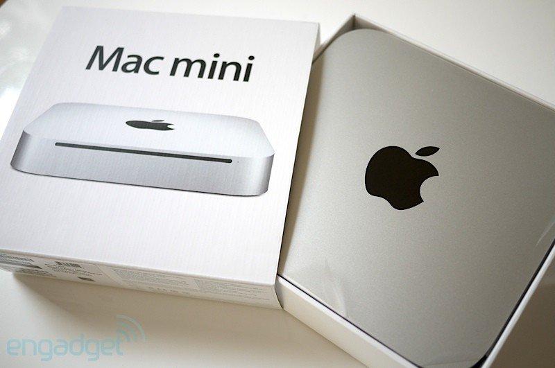Bilder von Mac-mini-Auspackzeremonie