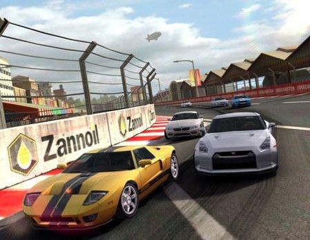 Real Racing 2 und Infinity Blade für iPad 2 konzipiert