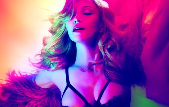 "Madonna: ""Girl Gone Wild"" als Video - die Queen of Pop zeigt's Lady Gaga"