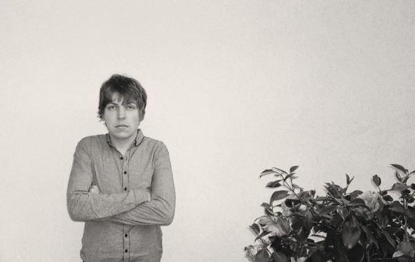 "Philipp Poisel: ""Projekt Seerosenteich""-Tour im April/Mai, Livealbum Juli 2012 + Teaser-Video online"