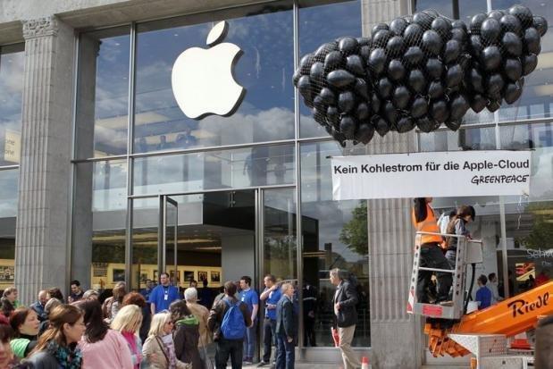 Greenpeace-Proteste gegen schmutzigen Strom bei Apple