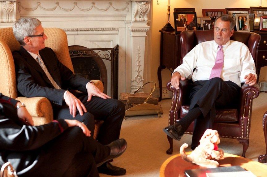 Tim Cook traf US-Repräsentantenhaus-Sprecher John Boehner