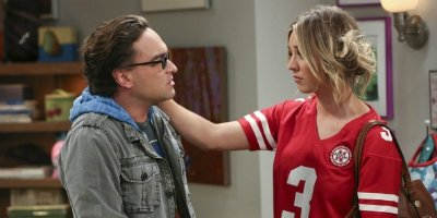 Leonard und Penny in Staffel 7 von The Big Bang Theory