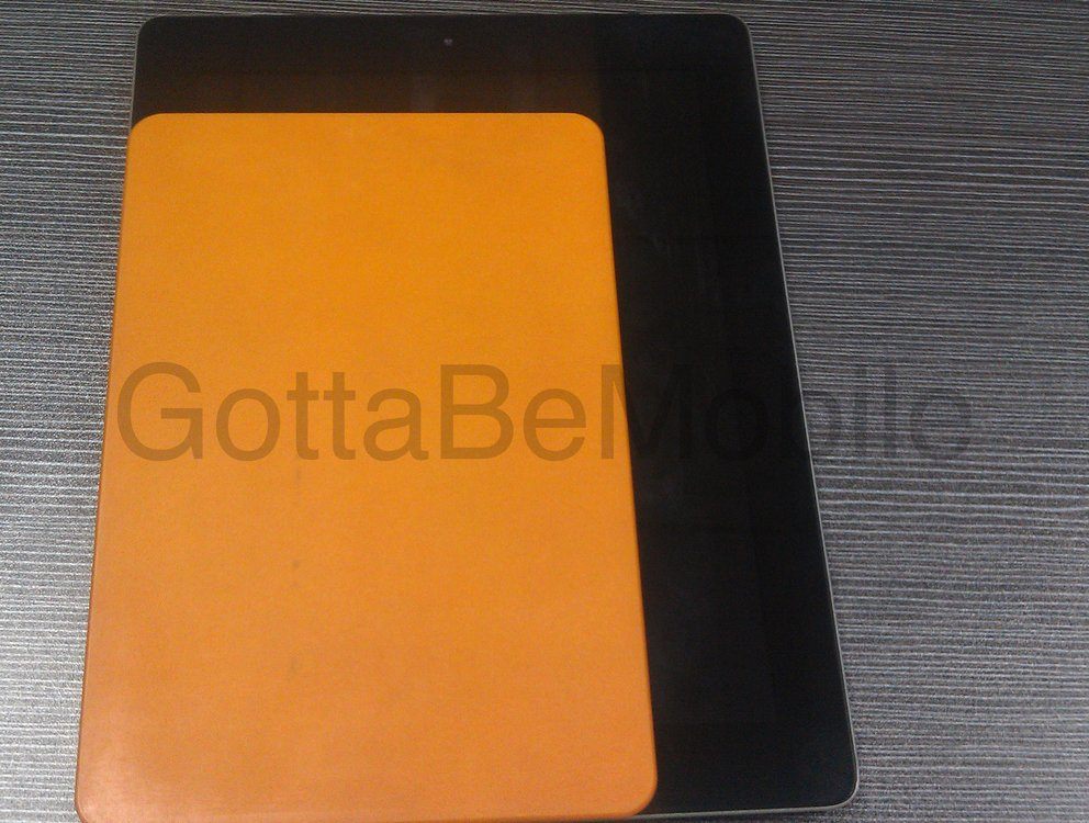 "iPad mini: Mutmaßlicher Design-Dummy ist dünner als ""große"" iPads"