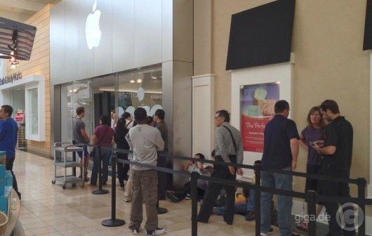 iPad mini auf dem Weg zum Verkaufserfolg: Weniger Ansturm, trotzdem oft ausverkauft
