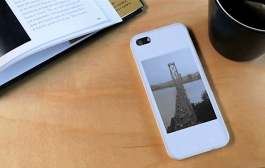 iPhone 5 Hülle mit E-Ink-Display: PopSLATE