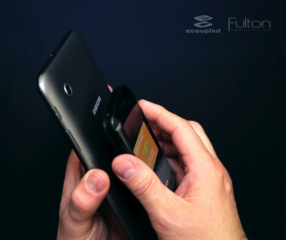 CES 2013: Android-Geräte gegenseitig laden