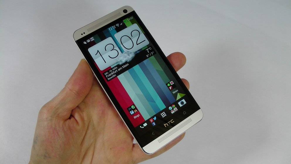 HTC One: Blinkfeed und Boom Sound im Video