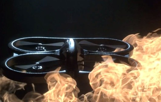 AR.Drone 2.0: Super-Zeitlupe zwischen den Elementen (Video of the Day)