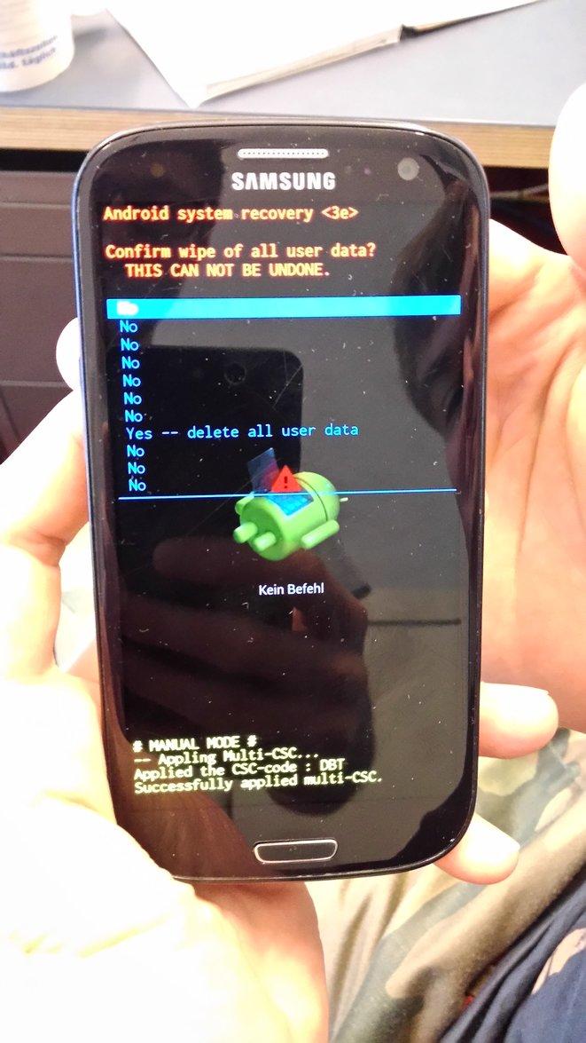 Как сделать хард ресет на телефоне android