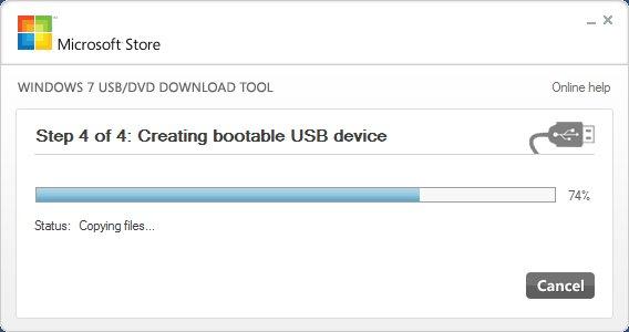 Das Windows USB/DVD Download Tool erstellt einen bootfähigen Windows-10-USB-Stick.
