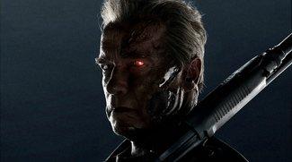Arnold Schwarzenegger erschrickt Fans & Kinder als Terminator