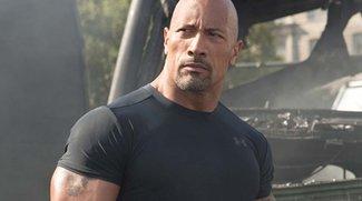 Besetzungscouch:  Dwayne 'The Rock' Johnson, Aquaman & Michael Bay