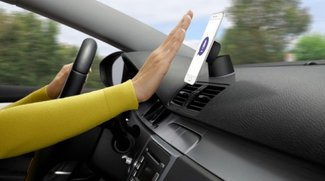 Logitech ZeroTouch: So funktioniert die Smartphone-Halterung für's Auto