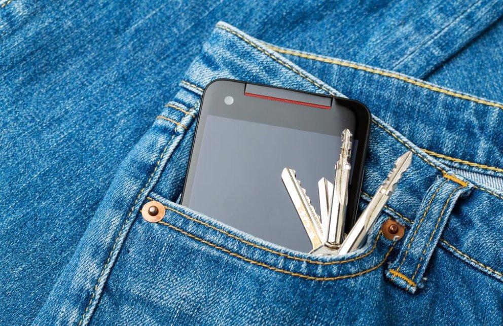 Smartphone Kratzer Jeans