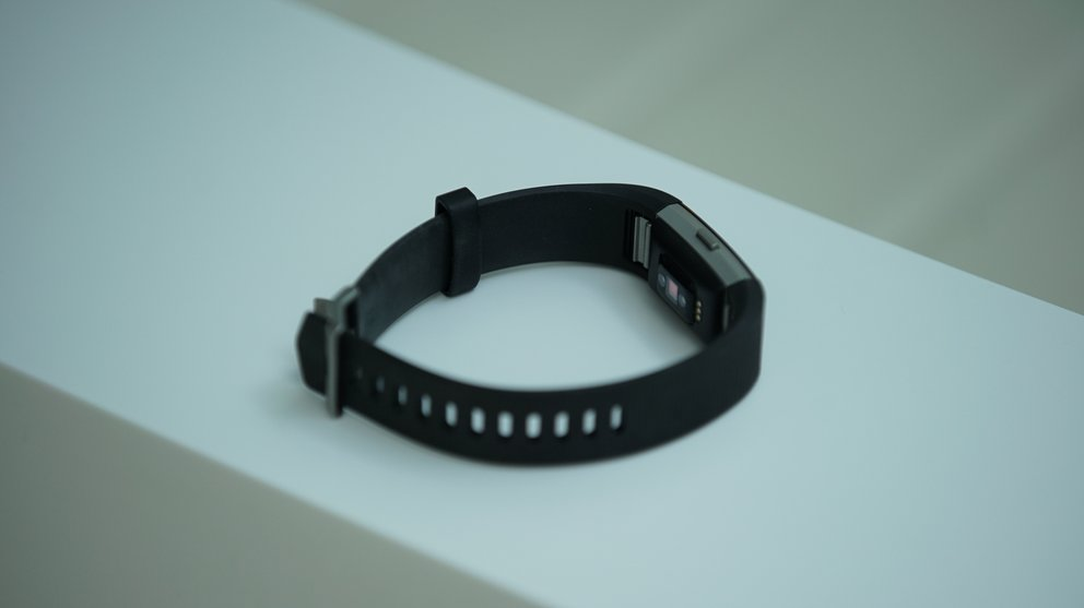 Fitbit_Charge2_5