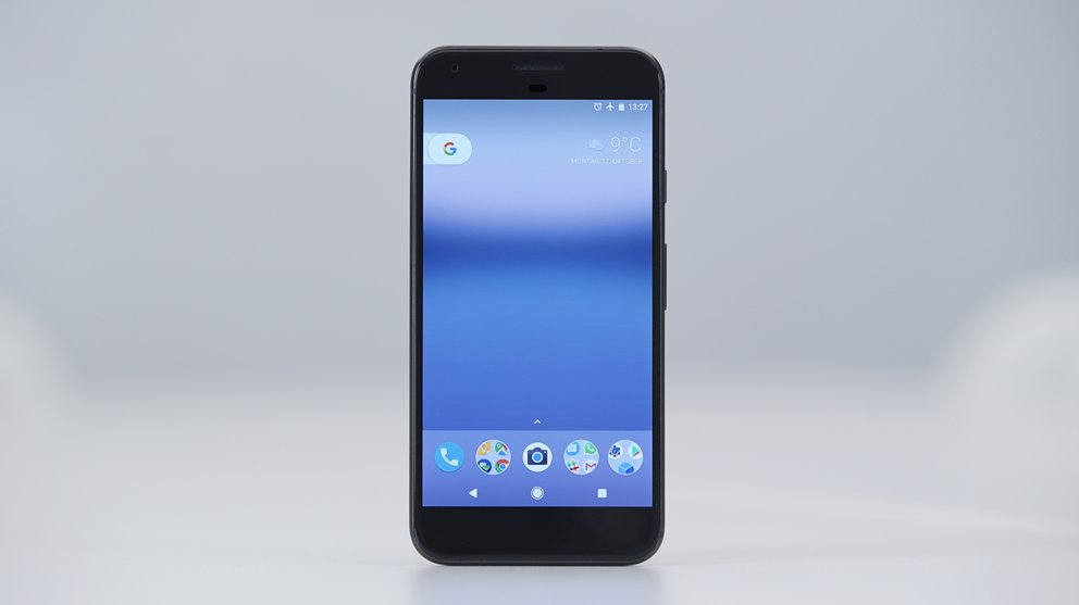 Google-Pixel-XL-Black-05619