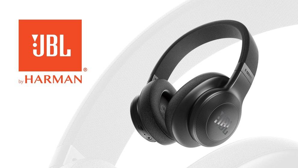 Endspurt: Im 23. Kalendertürchen gibt es bunte Over-Ear Kopfhörer von JBL