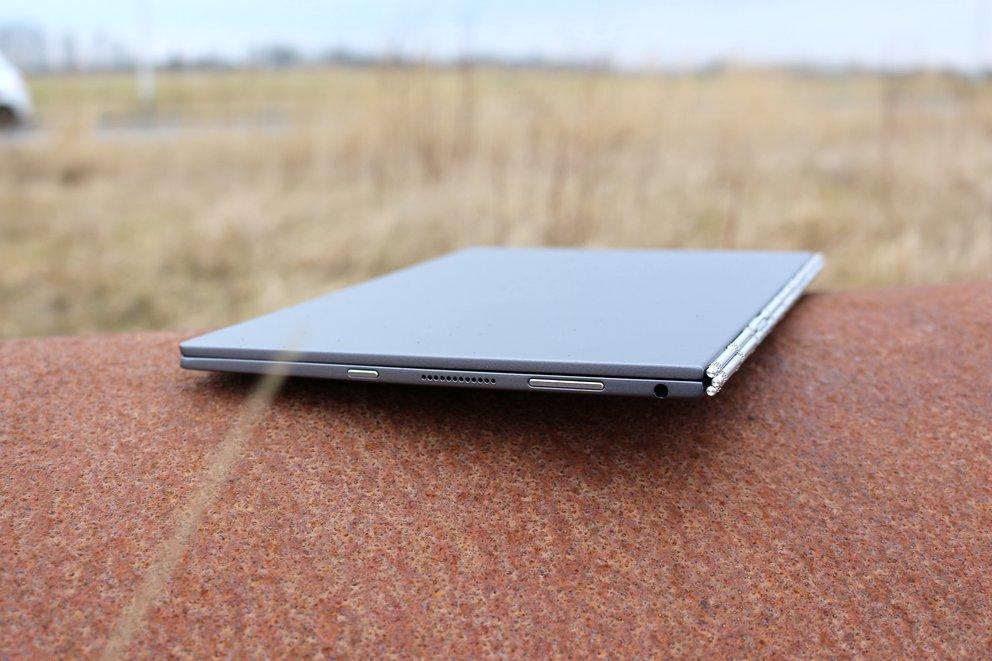 Lenovo-Yoga-Book-Test-Lautsprecher-Tasten-q_giga