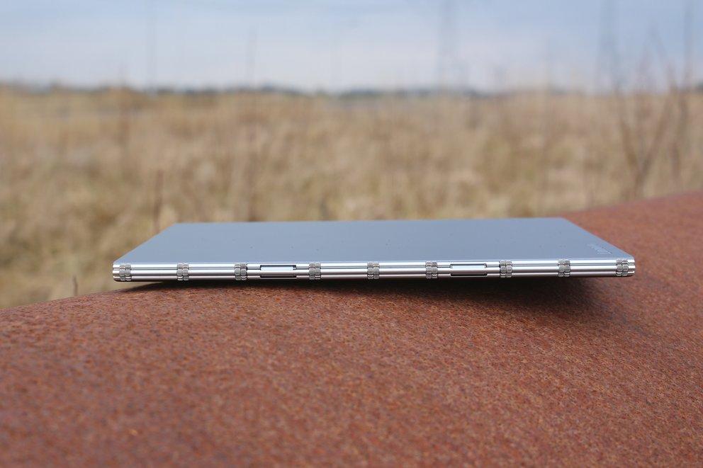 Lenovo-Yoga-Book-Test-Scharnier-q_giga