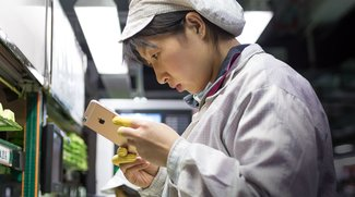 OLED-iPhone: Foxconn und Sharp planen Großinvestition in neue Display-Fabrik