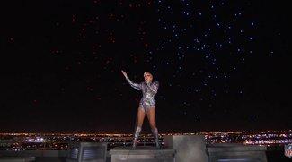 Super Bowl: Lady Gaga beeindruckt mit gigantischer Drohnen-Show