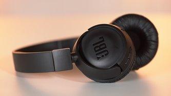 Bluetooth-Kopfhörer JBL T450BT im Test: Lohnt sich der Amazon-Bestseller?