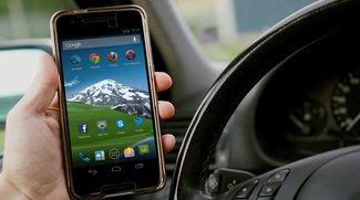 Vorsicht im Urlaub: Dieses EU-Land hat Handys am Steuer komplett verboten – auch wenn der Motor aus ist