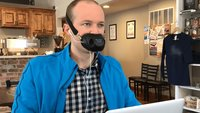 Lautlos Telefonieren und dabei aussehen wie Bane aus Batman