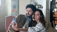 Frecher Werbespot mit Aubrey Plaza: Lästert LG über das iPhone?