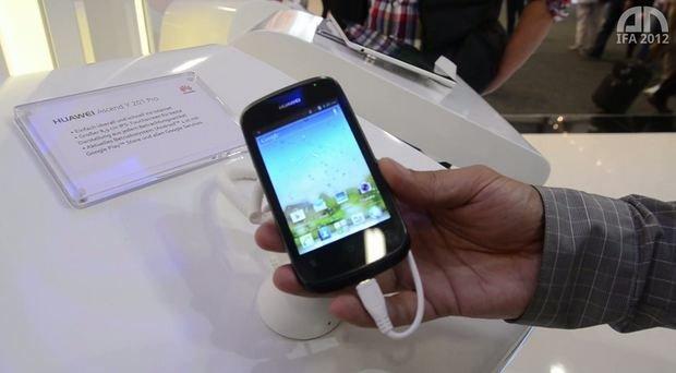 Huawei Ascend Y 201 pro: Einsteiger-Smartphone im Hands-On [IFA 2012]
