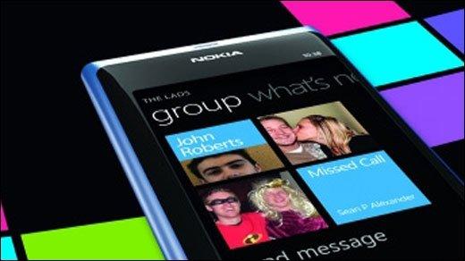 Windows Phone 7 - Nokia 800 Werbemittel gesichtet