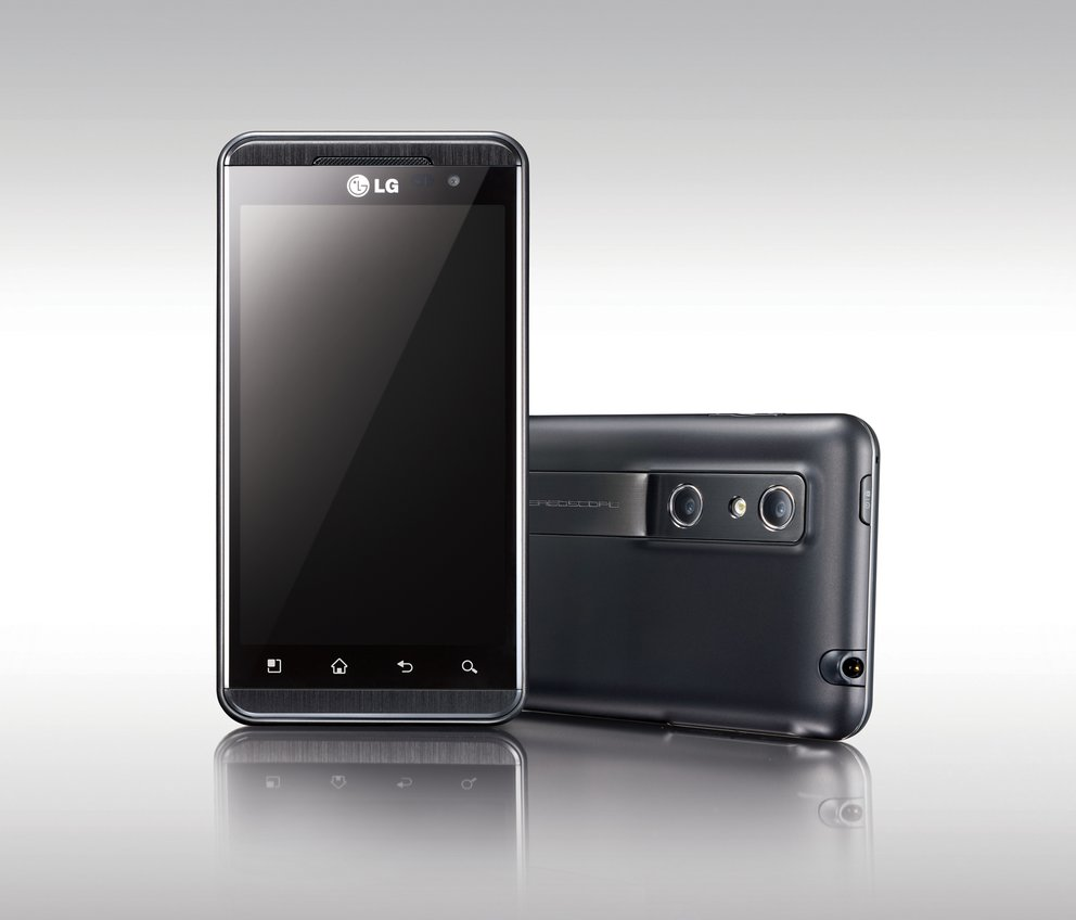 LG P920 Optimus 3D Smartphone Hands On-Video [MWC 2011]