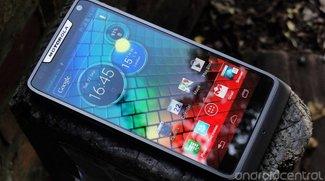 Motorola RAZR i: Erstes Review des Intel-betriebenen Smartphones
