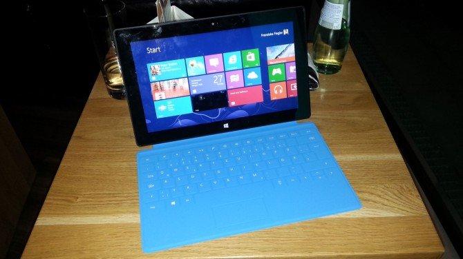 Microsoft Surface im ausführlichen Kurztest und Vergleich mit Apple iPad 3 - Hands On Video