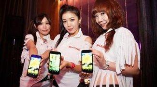 Verkaufserfolg des Aquos Phone SH930W bringt Sharp Mangel bei den 5 Zoll Full HD Displays