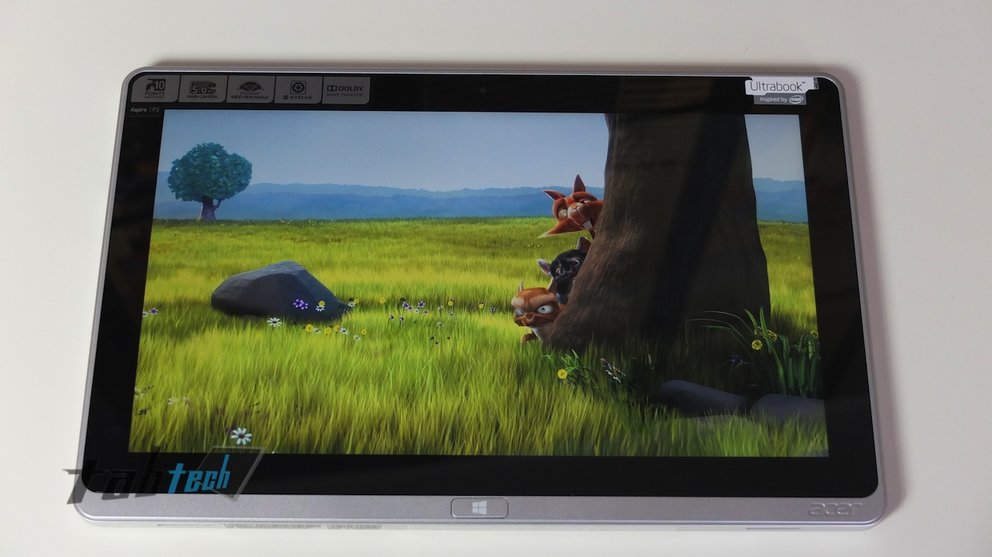 Acer Aspire P3 Display Video