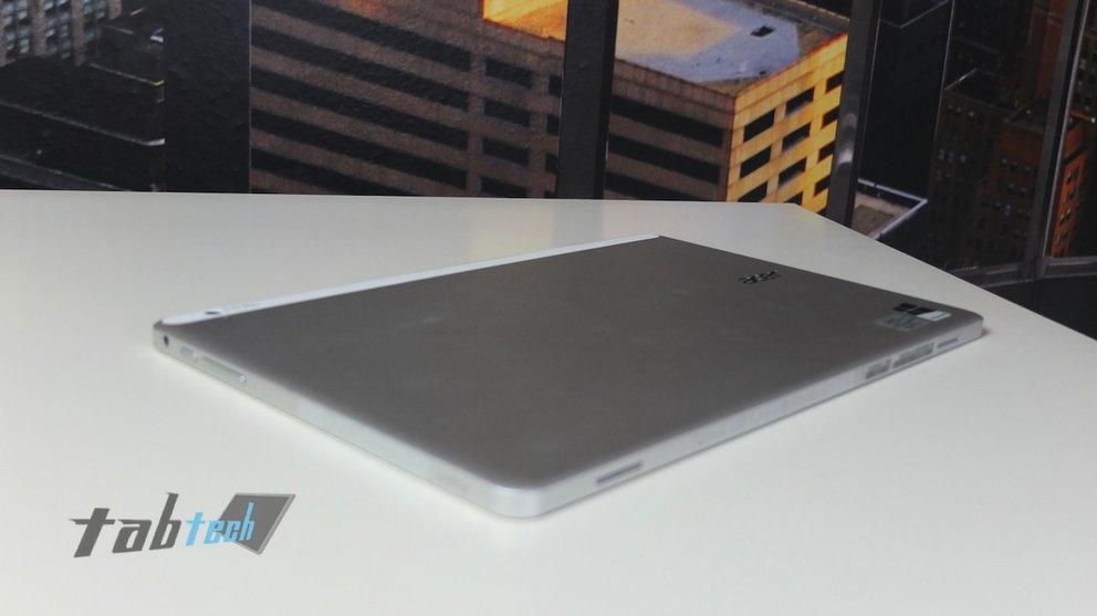 Acer Aspire P3 Rückseite