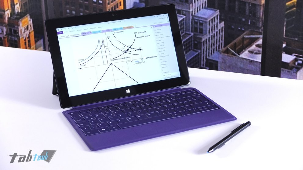 Microsoft Surface Pro 2 mit OneNote 2013 und Stylus