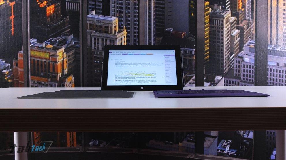 Microsoft Surface Pro 2 mit Touch und Type Cover 2 von Vorne
