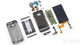 HTC One (M8): Teardown, Akku-Test &amp&#x3B; Windows Phone 8.1 Version